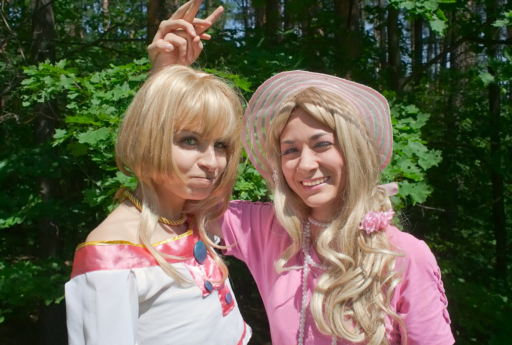how-do-cosplay-makers-use-social-media