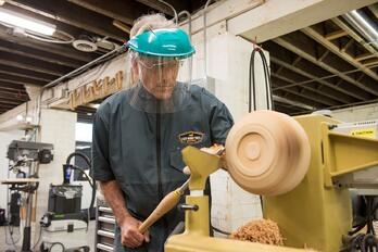 Woodcrafter on Lathe