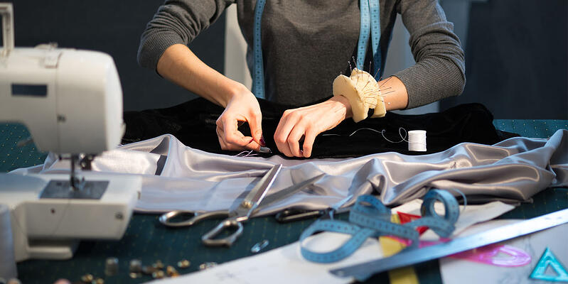Cosplay maker dealing with sewing challenges